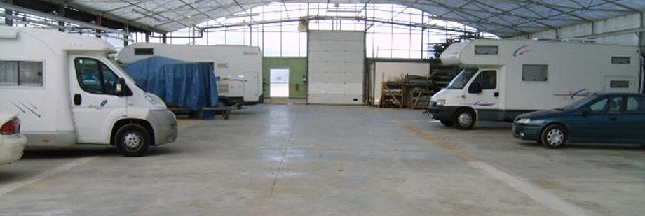 Hangar Camping Car emplacement caravane mordelles ille et vilaine rennes garage bateau